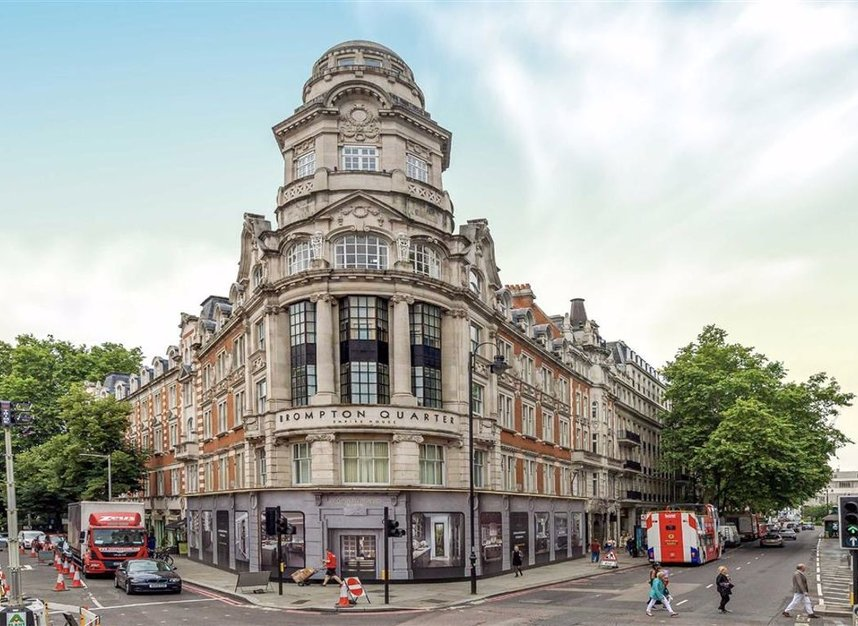 Properties for sale in Thurloe Place - SW7 2RU view1