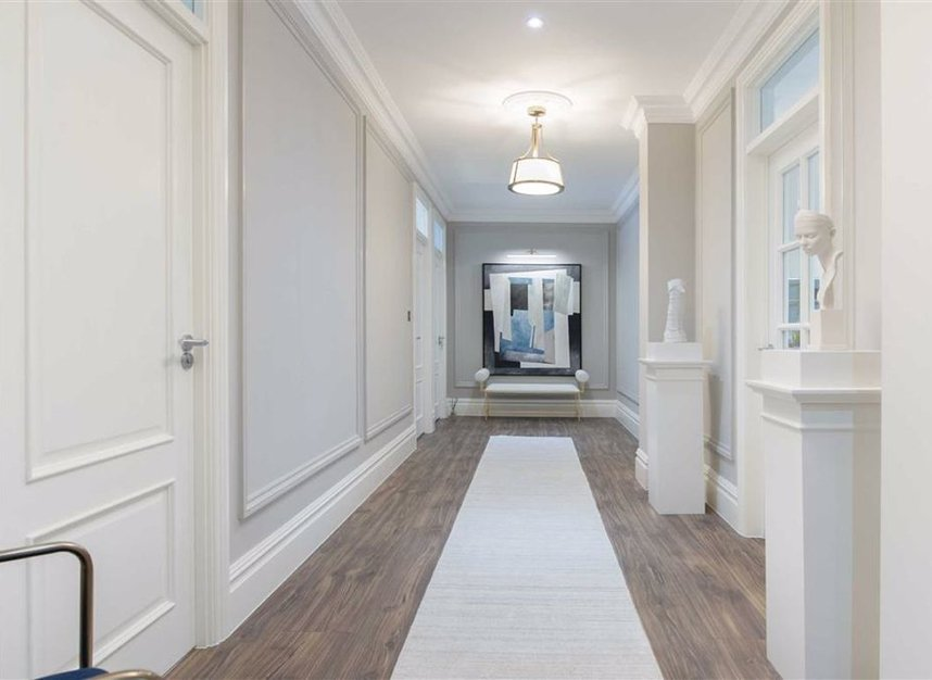 Properties for sale in Thurloe Place - SW7 2RU view3