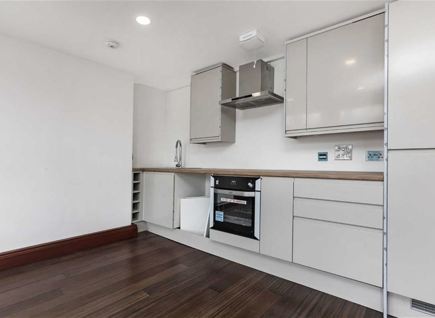 Properties for sale in Trafalgar Avenue - SE15 6NP view2