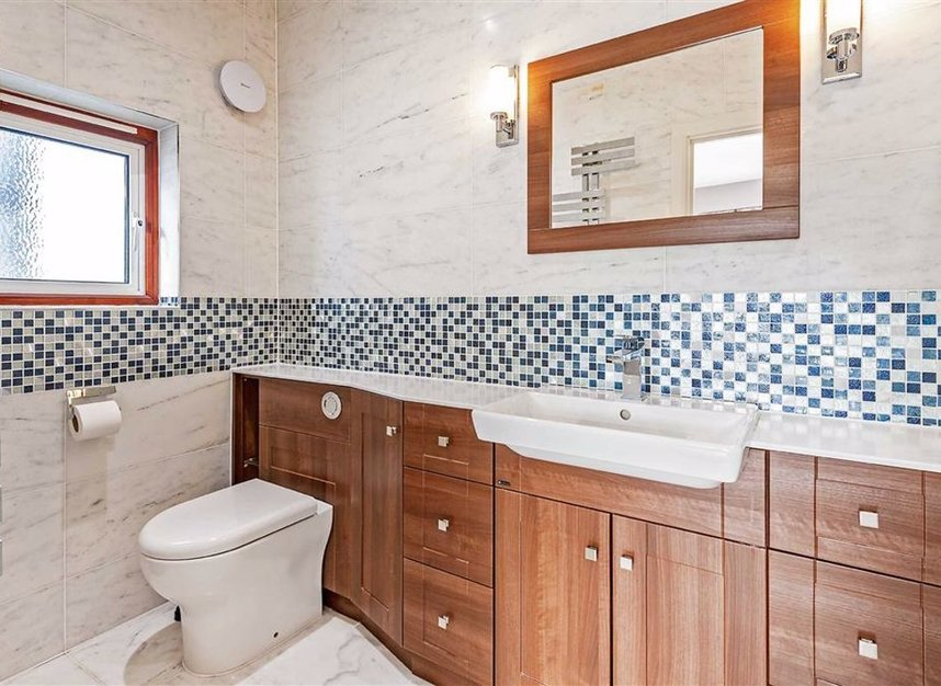 Properties for sale in Trowlock Avenue - TW11 9QT view10