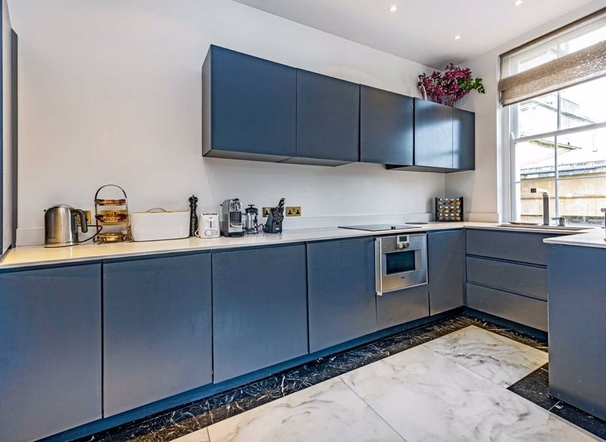 Properties for sale in Upper Belgrave Street - SW1X 8BA view7