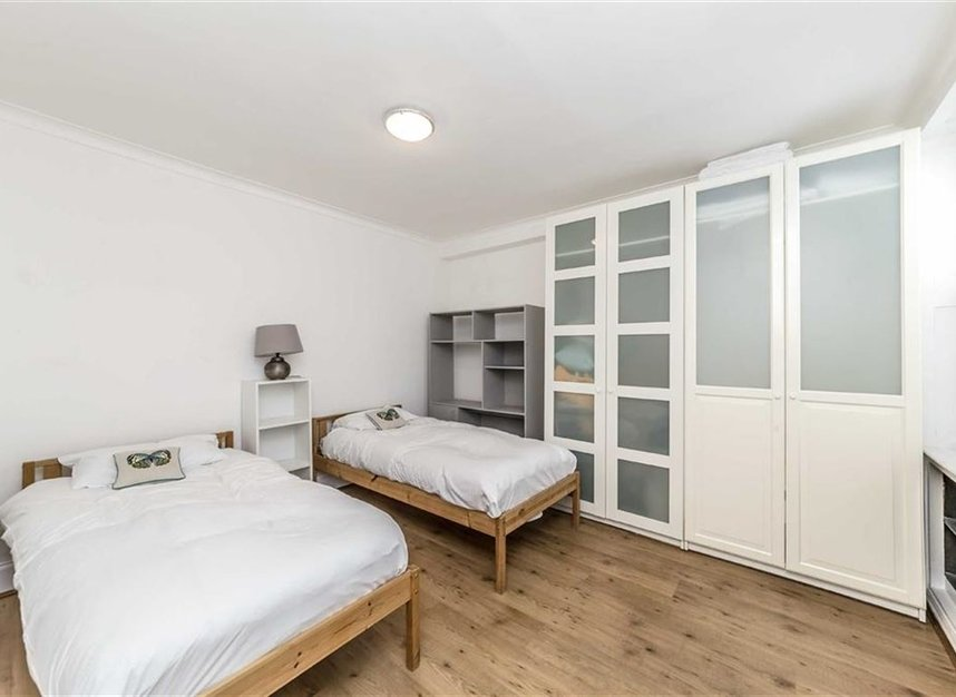 Properties for sale in Upper Montagu Street - W1H 1SD view7