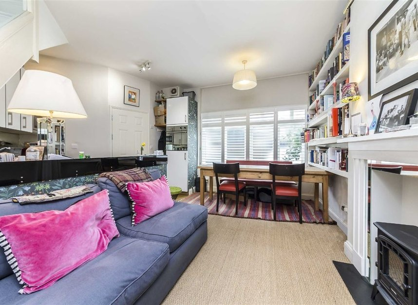 Properties for sale in Vauxhall Grove - SW8 1TD view3