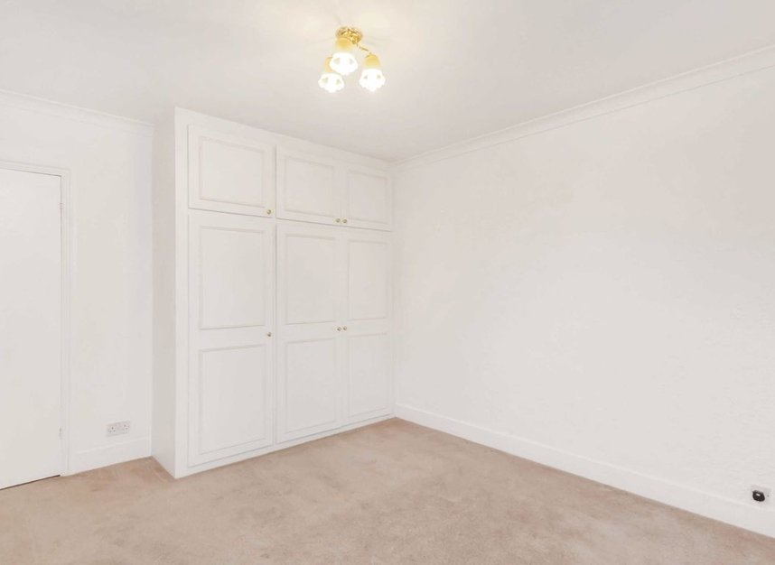 Properties for sale in Vineyard Hill Road - SW19 7JJ view3