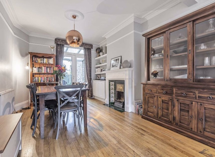 Properties for sale in Waldegrave Road - W5 3HT view3