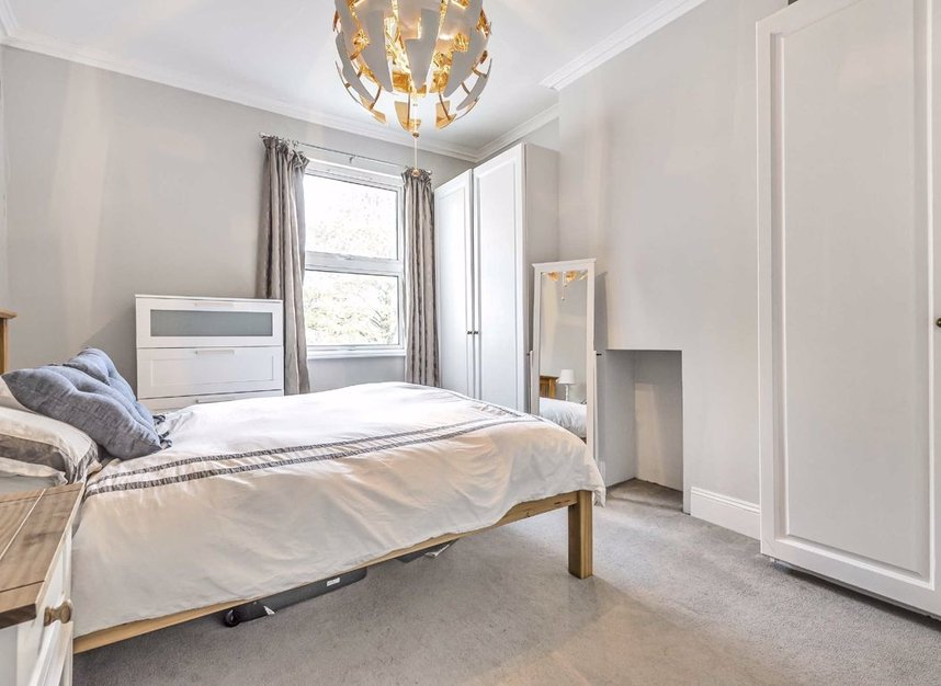Properties for sale in Waldegrave Road - W5 3HT view5
