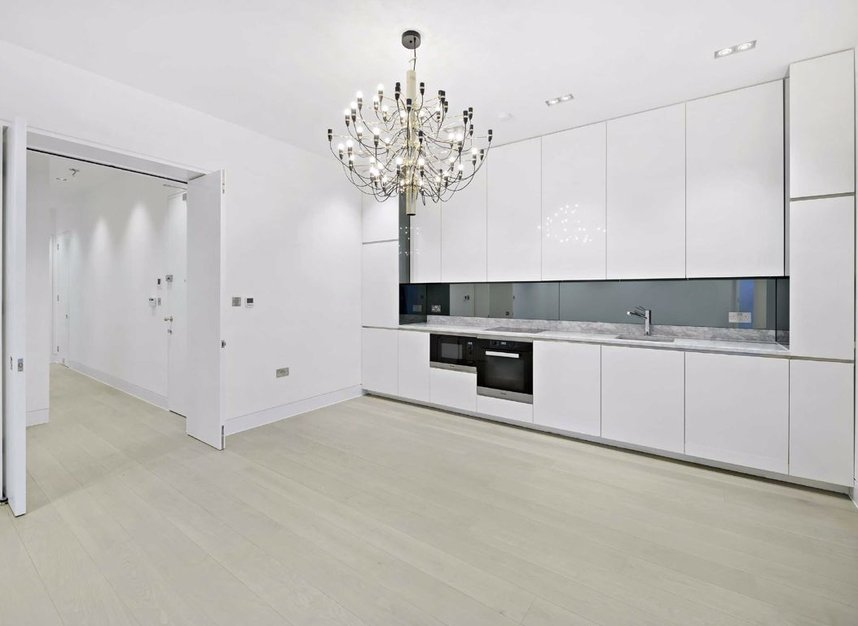 Properties for sale in Warwick Court - WC1R 5DJ view3