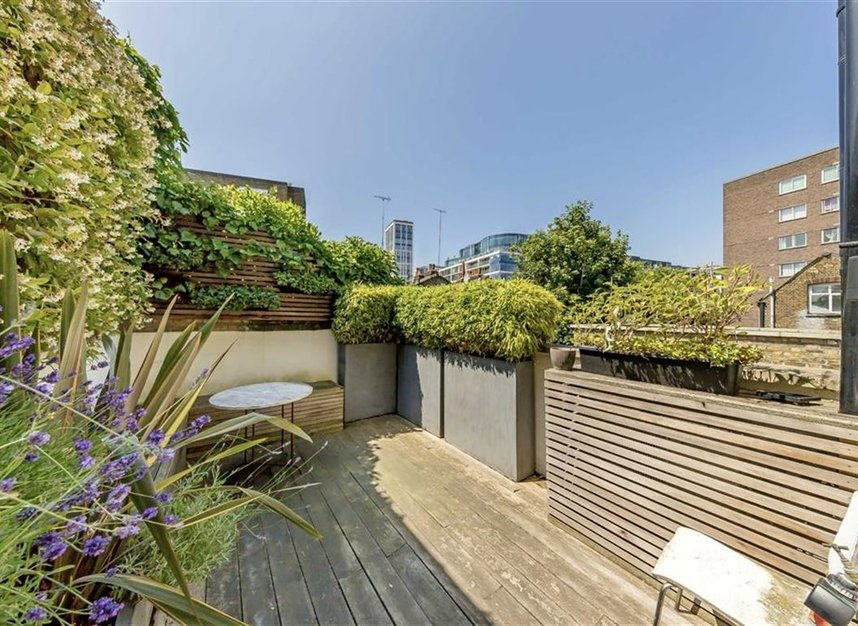Properties for sale in Warwick Gardens - W14 8PP view14
