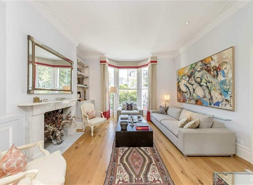 Properties for sale in Warwick Gardens - W14 8PP view2