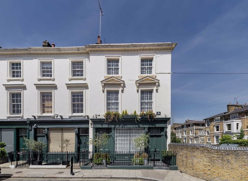 Properties for sale in Warwick Place - W9 2PX view1