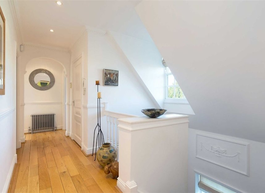Properties sold in Wellgarth Road - NW11 7HP view13