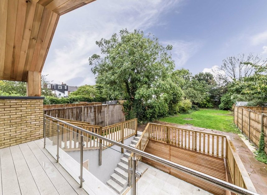 Properties for sale in Wellington Road - TW12 1JT view16