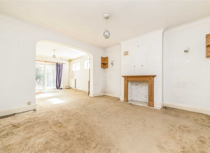 Properties sold in Wensleydale Road - TW12 2LT view4