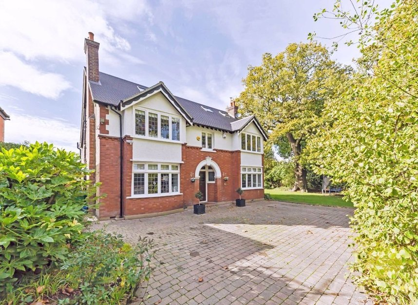Properties for sale in Wensleydale Road - TW12 2LZ view1