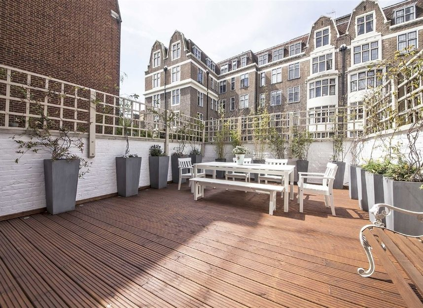 Properties for sale in Westmoreland Street - W1G 8PL view5