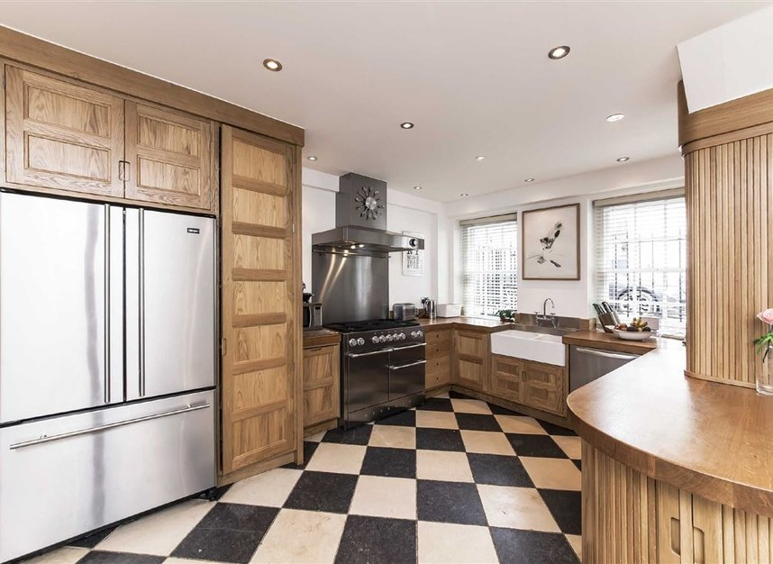 Properties for sale in Westmoreland Street - W1G 8PL view3