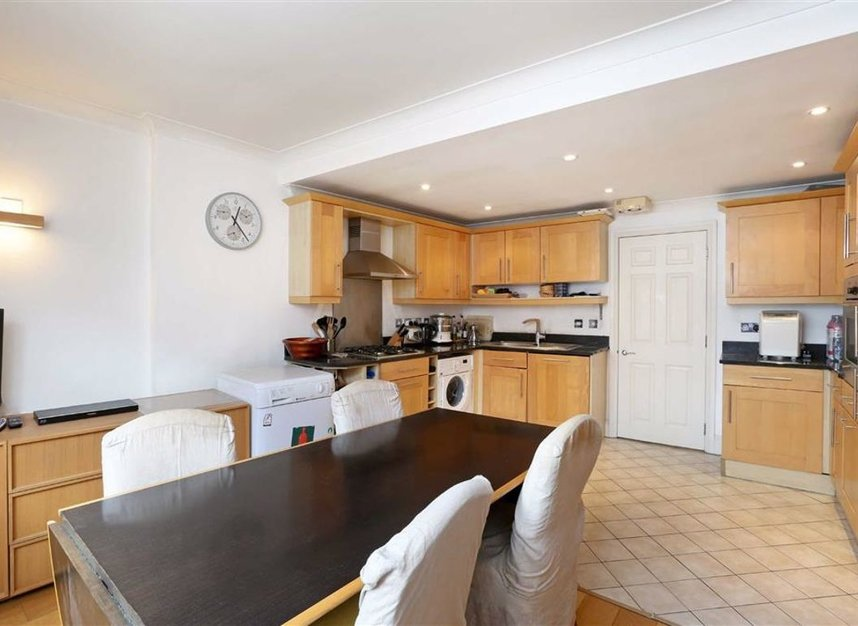 Properties for sale in Whitehall - SW1A 2BS view5