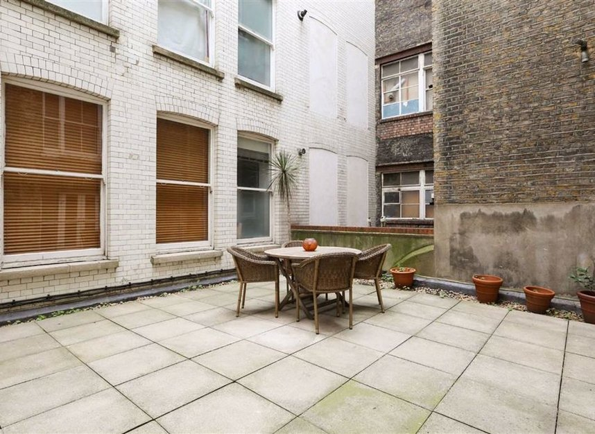 Properties for sale in Whitehall - SW1A 2BS view7