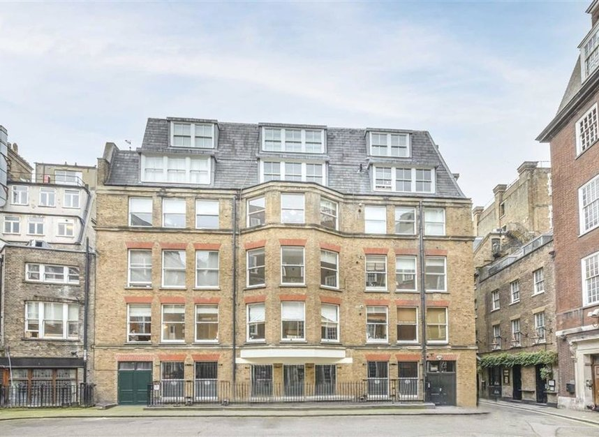 Properties for sale in Whitehall - SW1A 2BS view2