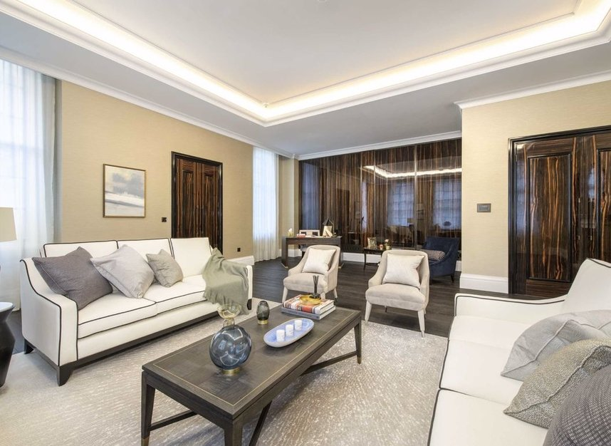 Properties for sale in Whitehall Place - SW1A 2BD view3