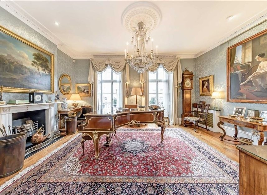 Properties for sale in Wilton Crescent - SW1X 8RN view2