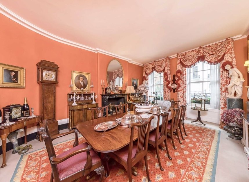 Properties for sale in Wilton Crescent - SW1X 8RN view4