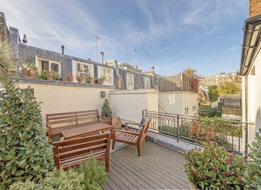 Properties for sale in Wilton Place - SW1X 8RL view4