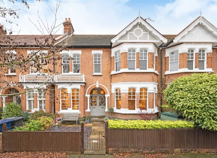 Properties sold in Woodgrange Avenue - W5 3NY view1