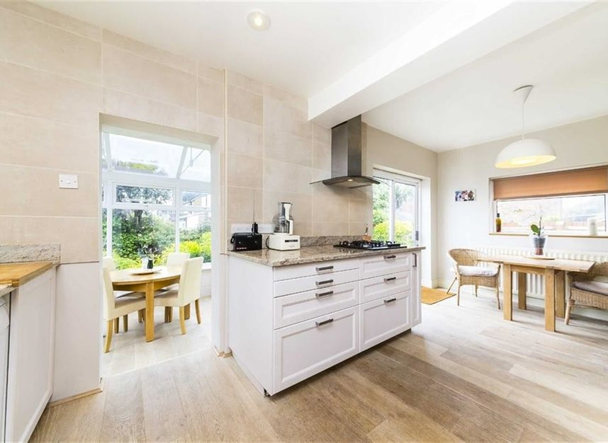 Properties for sale in Worple Road - TW7 7AP view4