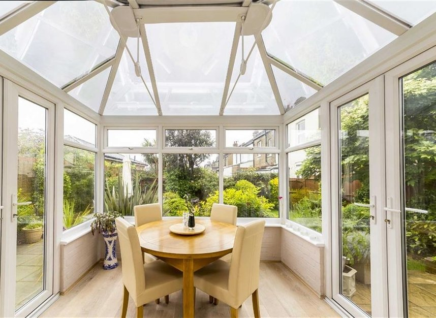 Properties for sale in Worple Road - TW7 7AP view5