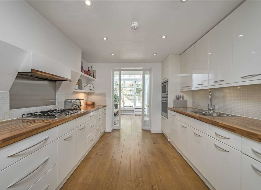 Properties let in Albert Street - NW1 7NU view4