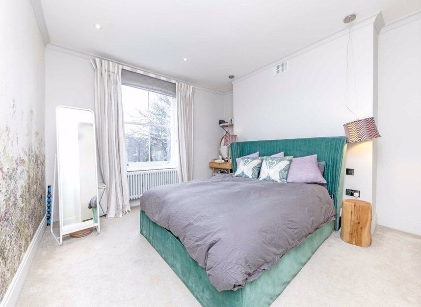 Properties let in Almorah Road - N1 3EU view6