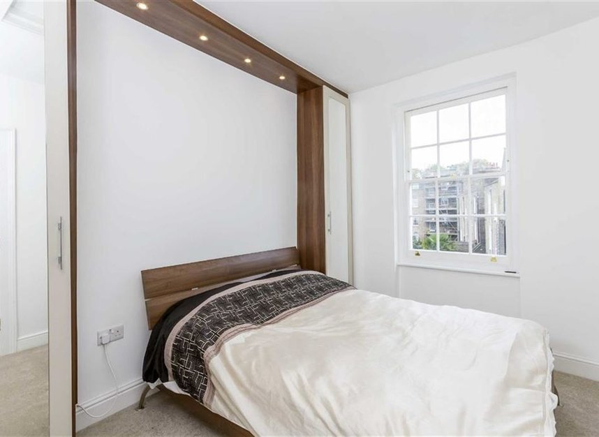 Properties to let in Amwell Street - EC1R 1XS view5