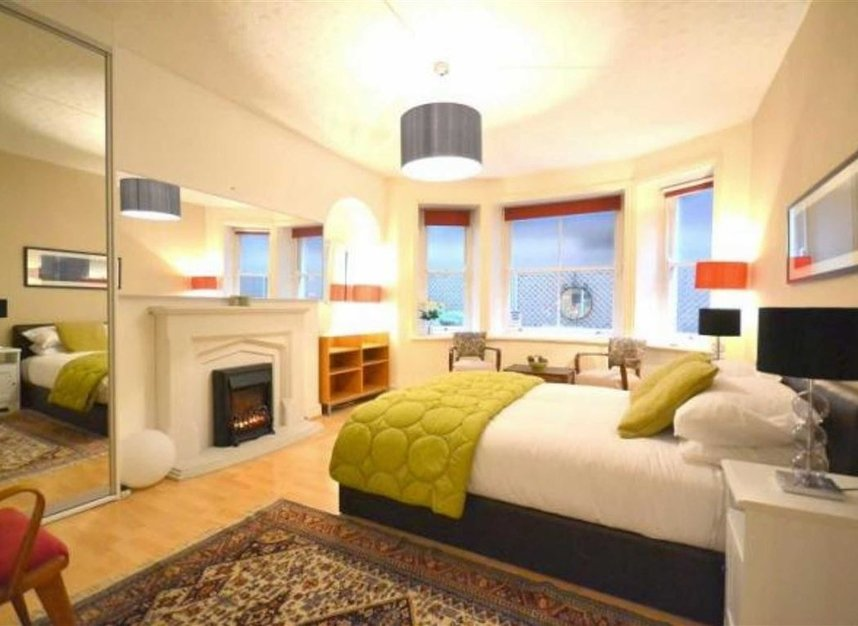 Properties to let in Bedford Avenue - WC1B 3AD view2