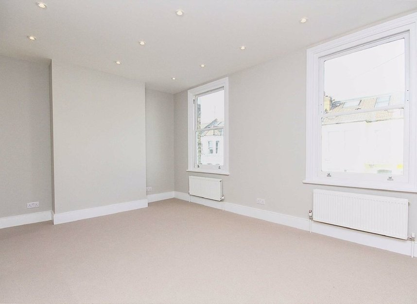 Properties to let in Bishops Road - SW6 7AA view4
