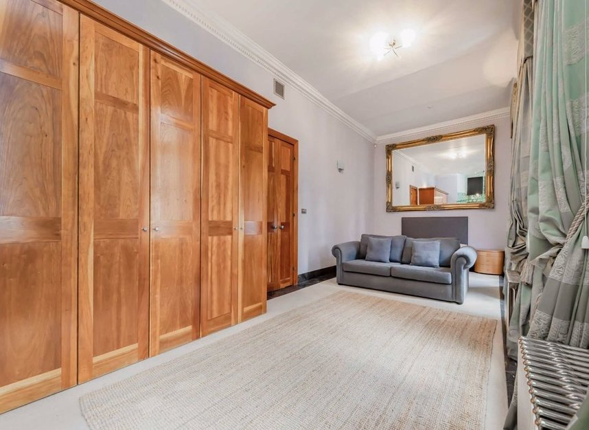 3 Bedrooms 2 Bathrooms short let flat to rent in Bolsover Street - W1W 5NQ view5