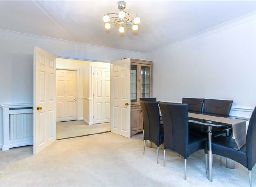 Properties let in Broom Park - TW11 9RT view5