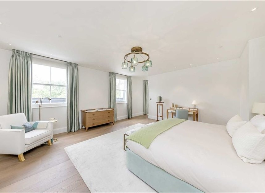Properties to let in Buckingham Gate - SW1E 6JP view18