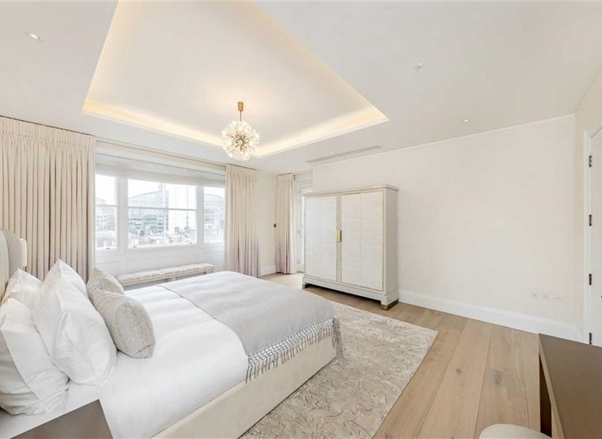 Properties to let in Buckingham Gate - SW1E 6JP view9