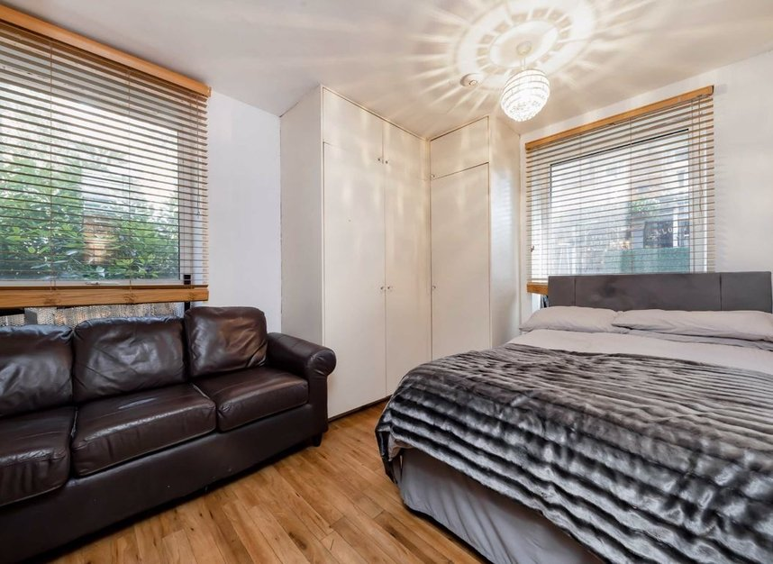 Properties to let in Camden Walk - N1 8DZ view2