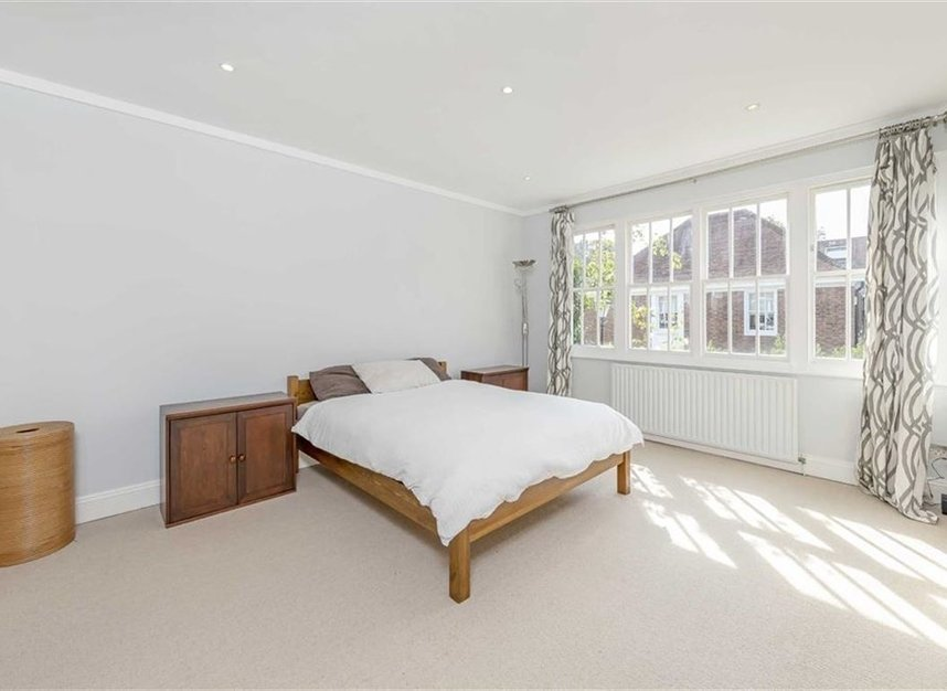 Properties to let in Caroline Place - W2 4AW view6