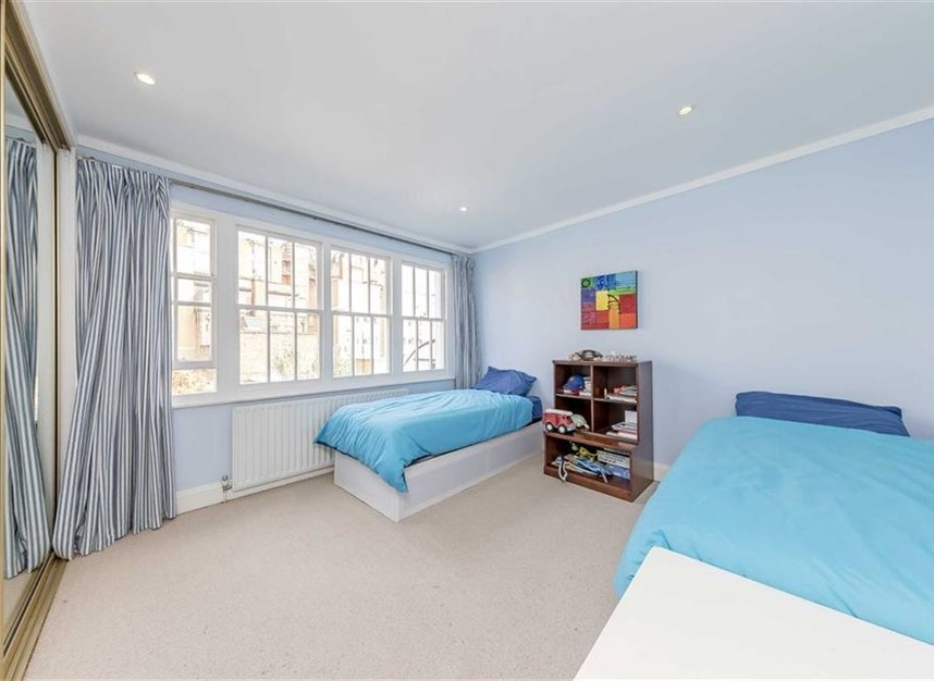 Properties to let in Caroline Place - W2 4AW view7