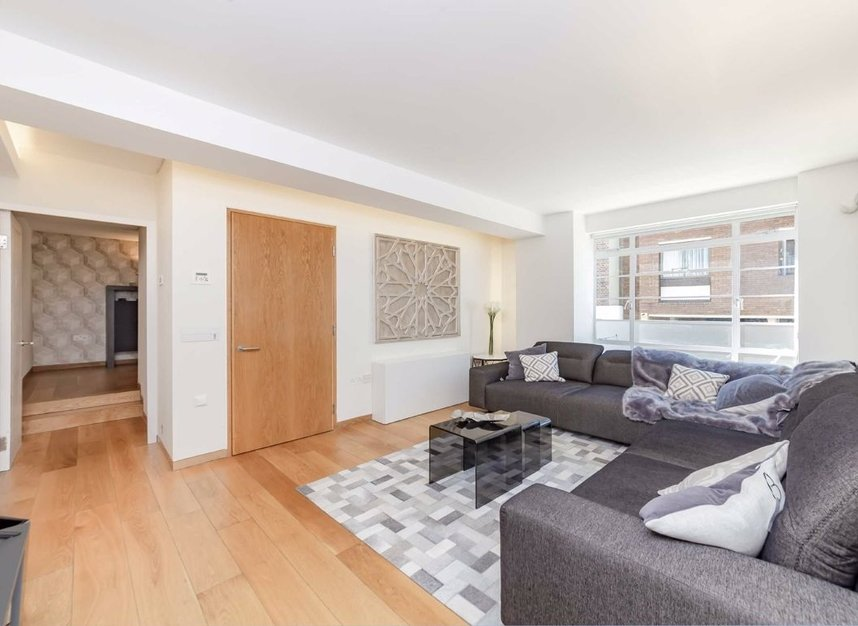 4 Bedrooms 3 Bathrooms short let house to rent in Cato Street - W1H 5JJ view4