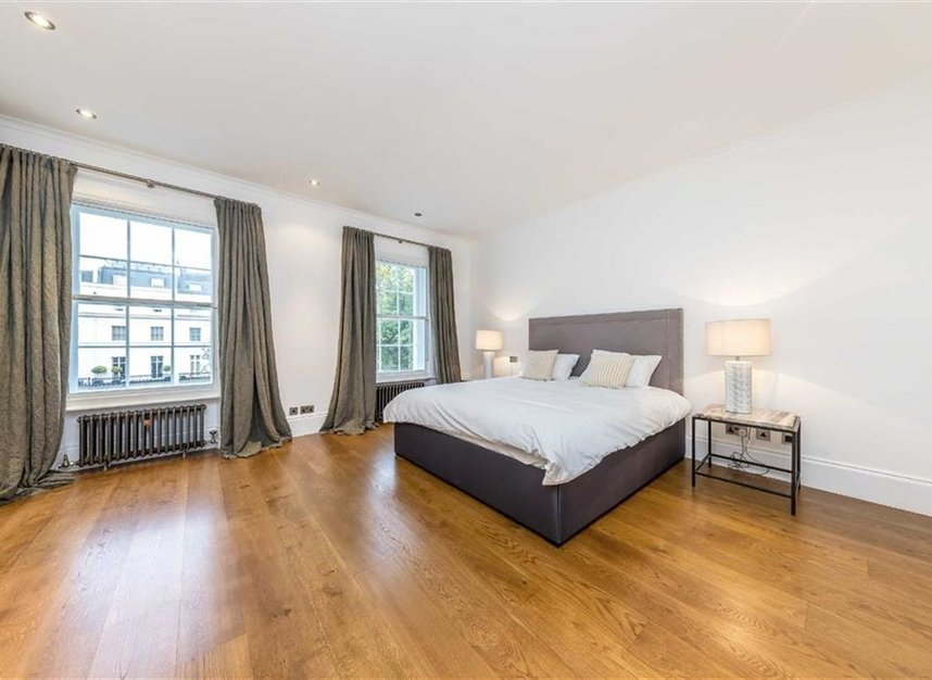 Properties to let in Chester Square - SW1W 9HH view7
