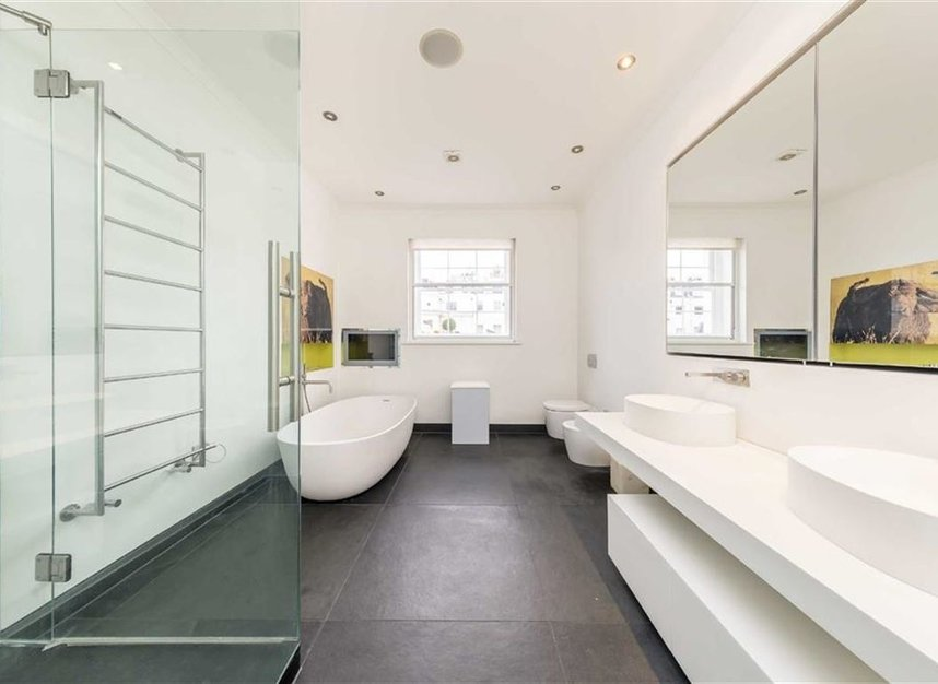 Properties to let in Chester Square - SW1W 9HH view8