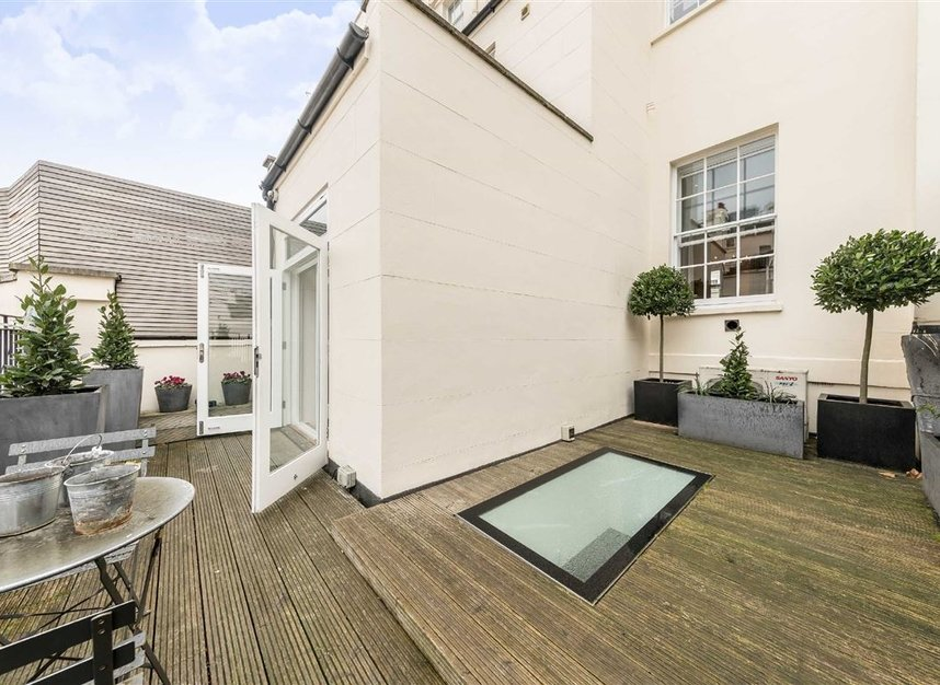 Properties to let in Chester Square - SW1W 9HH view6