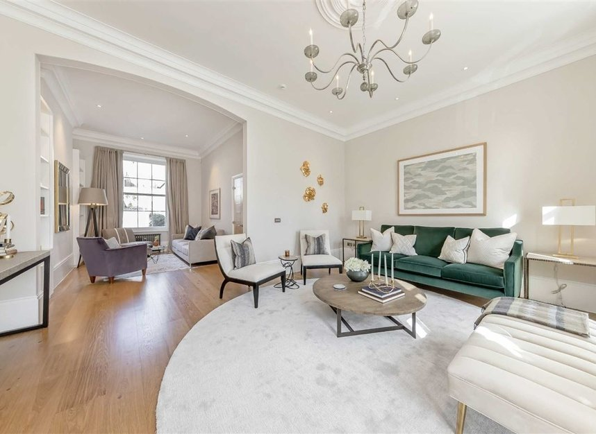 Properties to let in Chester Square - SW1W 9HH view4