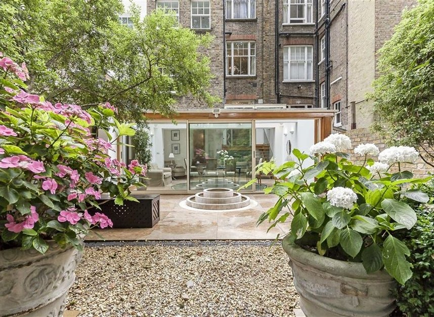 Properties to let in Cheyne Place - SW3 4HH view14