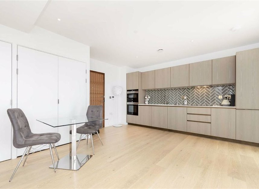 Properties to let in City Road - EC1V 1AY view4