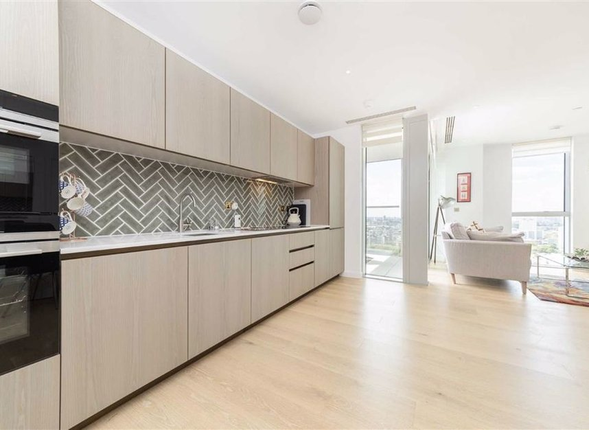 Properties to let in City Road - EC1V 1AY view3